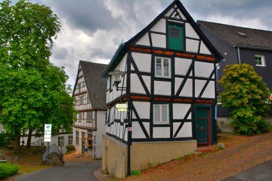 Arnsberg, Niemcy: Fachwerk am Schloßberg