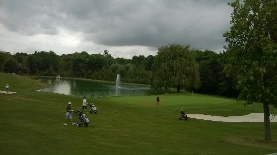 Bad Rappenau, Duitsland: View over the challenging Par 3 Ninth Hole (18th hole on Match-Day).