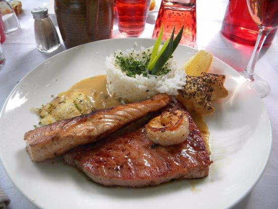 Thann, France : trois poissons grillés