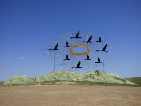 Regent, ND: Guinness World Record sculpture is the 1st stop if heading south.