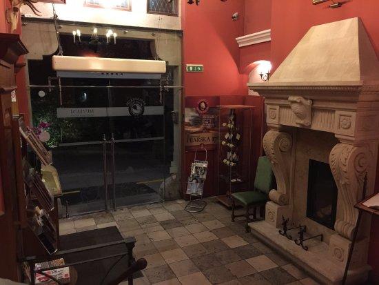 Hotel Grodek: Reception area