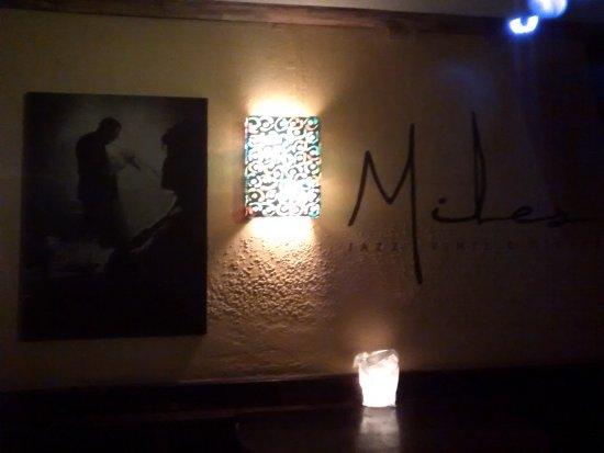Miles Jazz Cafe: MIles