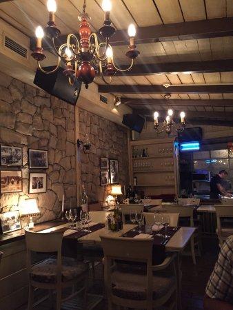 4 Sobe Gospodje Safije It Is A Nice And Cozy Restaurants For S