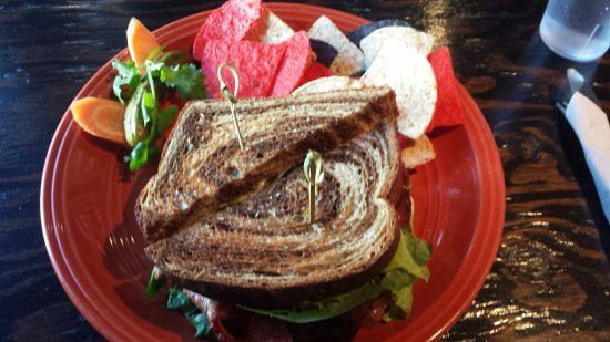 Base Camp Cafe: Wonderful BLT and a Veggie Wrap.