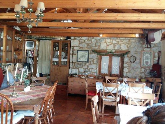 Elliniko, Grèce : 20160910_103349_large.jpg