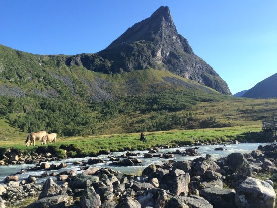 Norddal, Norvège : Herdalssetra in early September. A truly magical place with spectacular views, playful mountain
