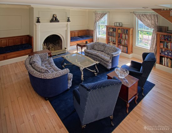Windsor, VT : Presidential Study , Common Area