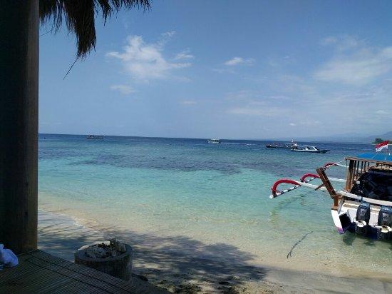 Kamer 1 fotograf a de manta dive gili air resort gili - Manta dive gili air ...