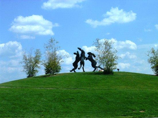 Dublin, OH: Dancing Hares Public Art