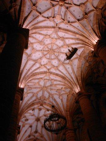 Deba, สเปน: Iglesia muy bonita.