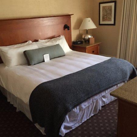 Lenox, ماساتشوستس: Renovated room