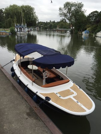Streatley on Thames, UK: photo2.jpg