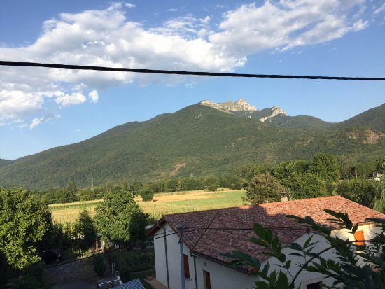 Salechan, Frankrike: Mountain view from our room