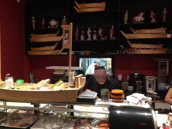 Aurora, Kanada: Izumi Japanese Restaurant
