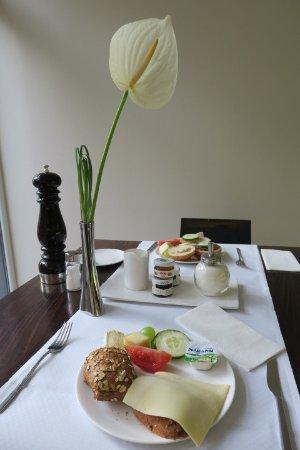 LiV'iN Residence Frankfurt-Seilerstrasse: Breakfast