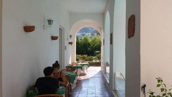 Hotel Villa Sarah: 20160913_100357_large.jpg
