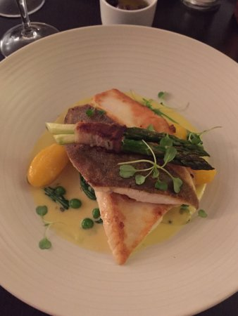 Strete, UK: Beautiful fresh fish main courses
