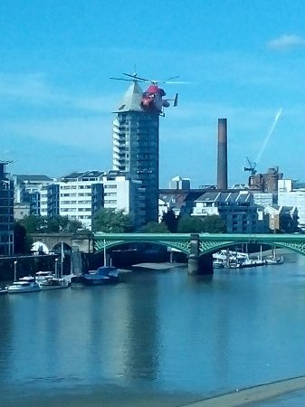 Crowne Plaza London - Battersea: could not hear a thing