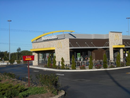 Cvs Mt Laurel >> The 10 Best Restaurants Near Mountain Laurel Resort Spa In