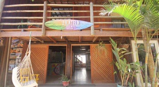 Zicatela Beach Hostel: Fachada
