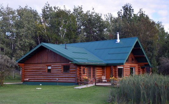 Falcon Lake, Canada: Main Ranch house