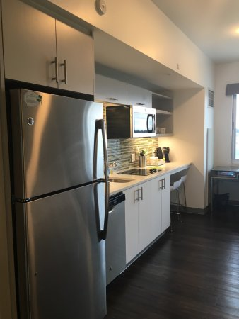 West Fargo, Kuzey Dakota: Clean rooms, friendly staff & great happy hour