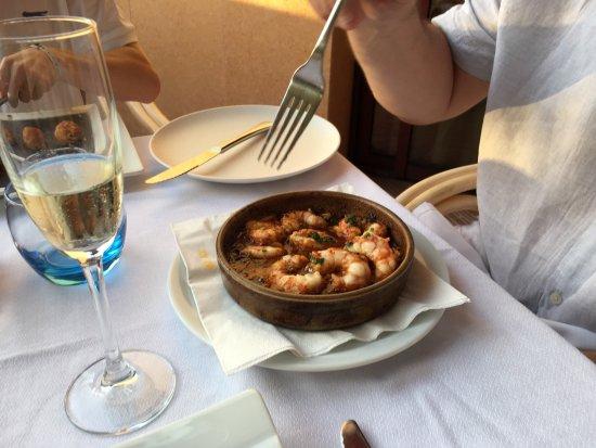 Tia Jass Restaurant: photo2.jpg