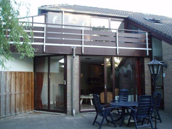 Brouwershaven, هولندا: 4 person comfort villa with balcony