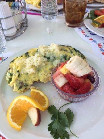 Paula's Pancake House : Veggie Omelette