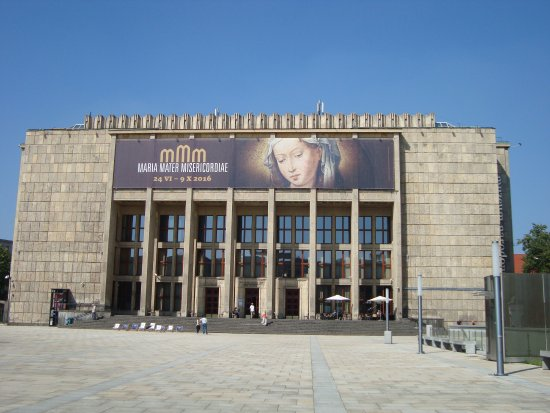 National Museum : Gmach Główny Muzeum Narodowego