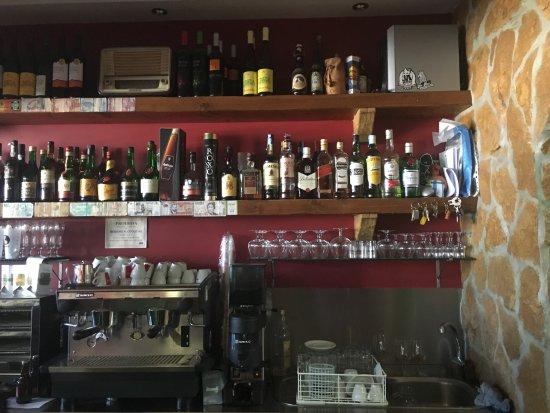 Moita, Portekiz: garrafeira