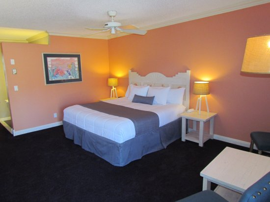 Sedona Motel: King Mountain View Room