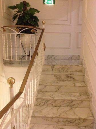 hotel corallo sorrento escaleras internas entre pisos
