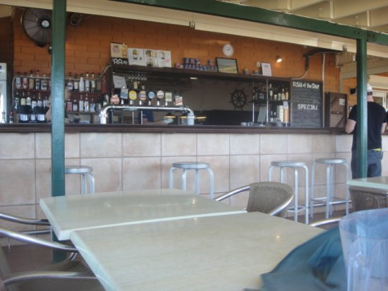 Point Samson, Australia: upstairs balcony bar