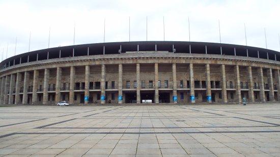[Obrazek: 1936-berlin-olympic-stadium.jpg]