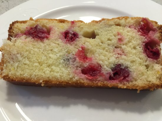 Birmingham Manor Bed and Breakfast: Lemon cranberry loaf