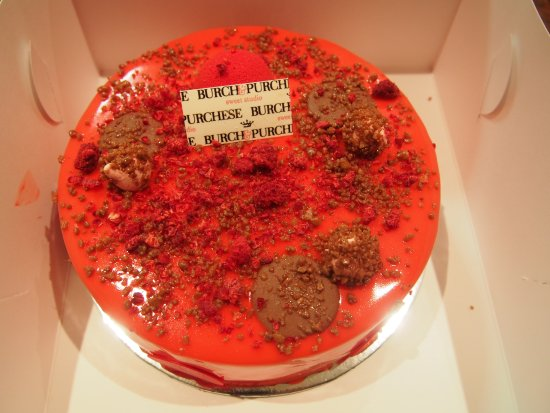Yarra, Australia: Explosive Raspberry Milk Chocolate Cake