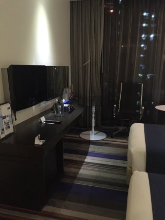 Holiday Inn Express Bangkok Siam: photo1.jpg