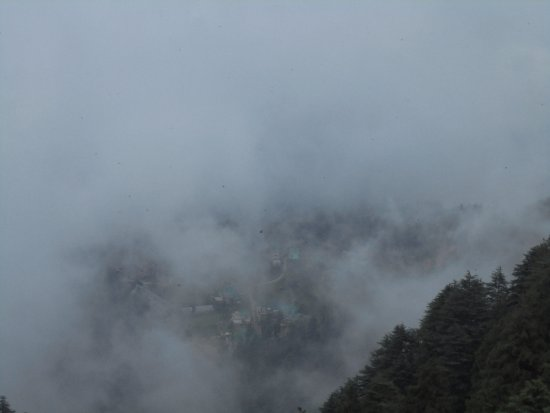 Krish Rauni: Clouds in Vally