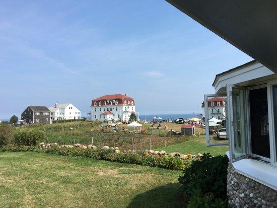 Rose Farm Inn: View off the porch.