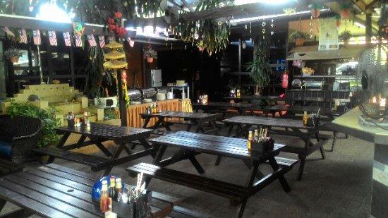 Nipah Bay Villa: Restaurant