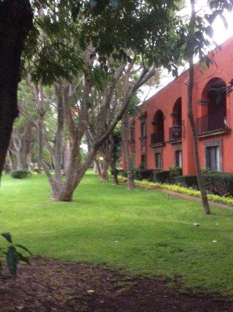 Fiesta Americana Hacienda Galindo: Les chambre qui sont en face dû jardins