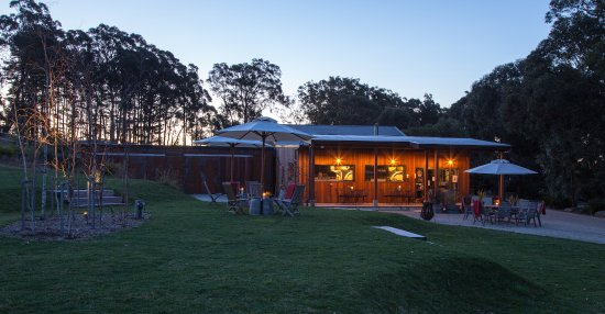 Mittagong, Australia: Beautiful at night as well, great for private functions