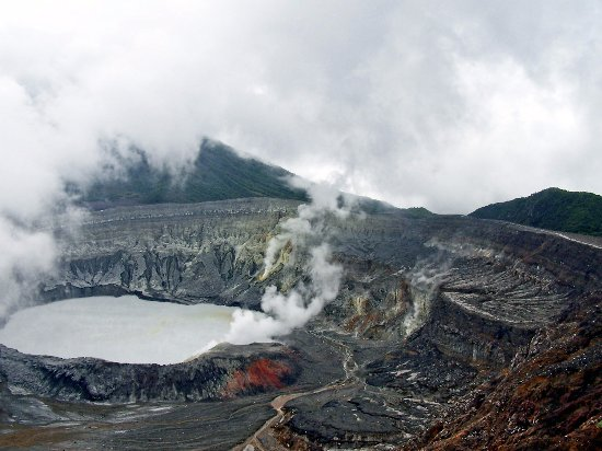 Poas Volcano National Park, كوستاريكا: Crater Volcan Poas