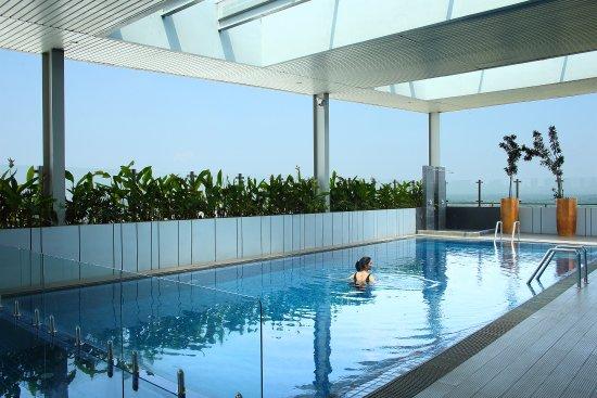 swimming pool picture of hotel santika premiere ice bsd city rh tripadvisor com au