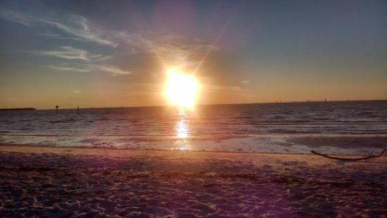 Ruskin, FL: Puesta de sol - INCREIBLE!