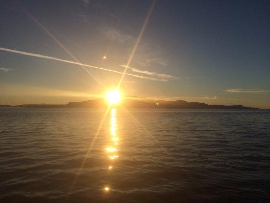 Halfmoon Bay, Kanada: Sunset Boat Tour