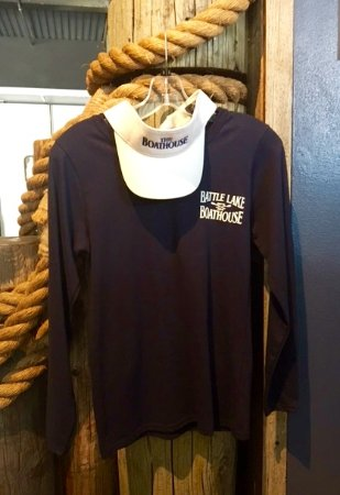 Battle Lake, MN: Boathouse Tees and More