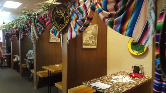 Zapata's Mexican Restaurant: The booths