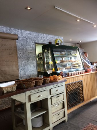 The Lodge Glenorchy: Delightful cafe in the midst of stunning scenery
